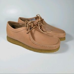 New CLARKS Wallabee Natural Tan Leather Shoes